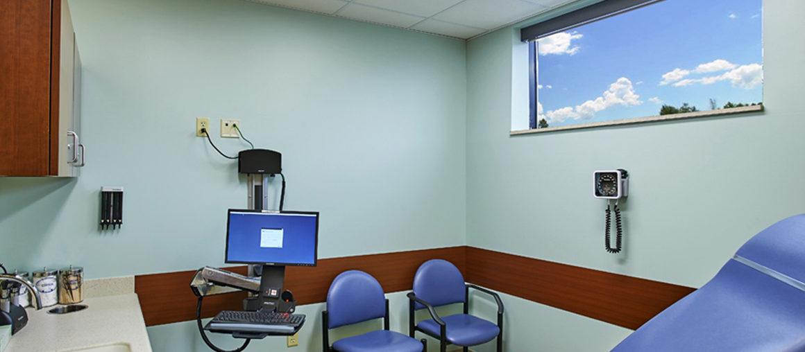 08 Wilson 1st Floor Exam Room Retouch_1160x840